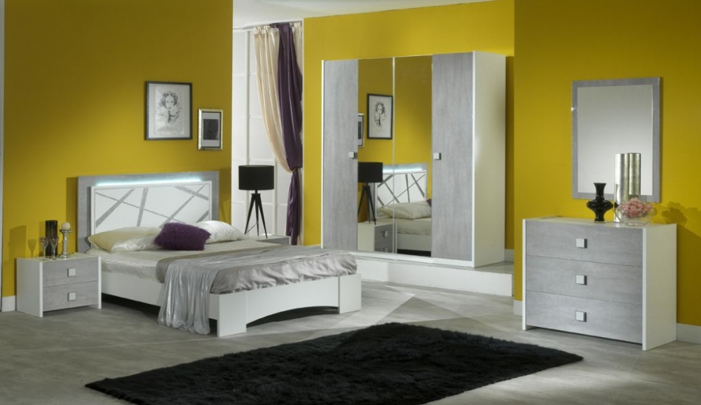 good chambre coucher italienne elena with chambre a coucher italienne. Black Bedroom Furniture Sets. Home Design Ideas